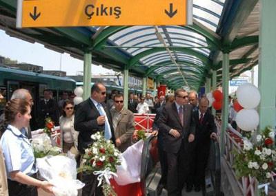 Başbakan Erdoğan makinist koltuğunda