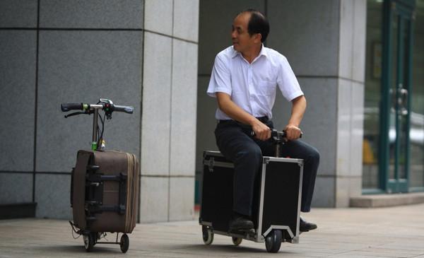 Siz hiç 20 km hızla giden bavul gördünüz mü?