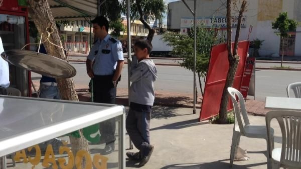 11 yaşındaki çocuk, amcasını döven hamalı öldürdü
