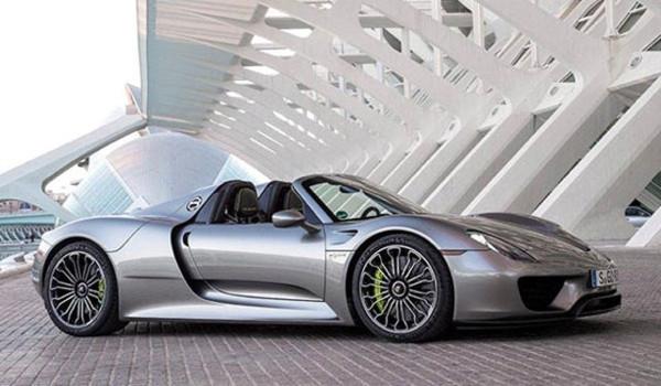 Ultra zenginlerin ayaklarını yerden kesen otomobiller!