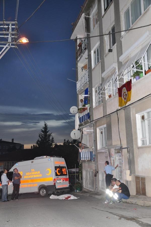 Polislerin gözü önünde intihar etti