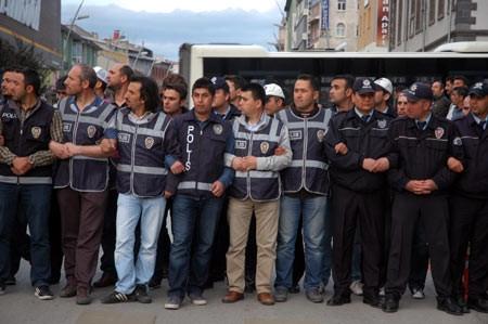 Atatürk Üniversitesi'nde gerginlik