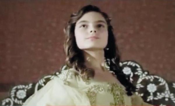Kösem Sultan rolü Beren'in oldu