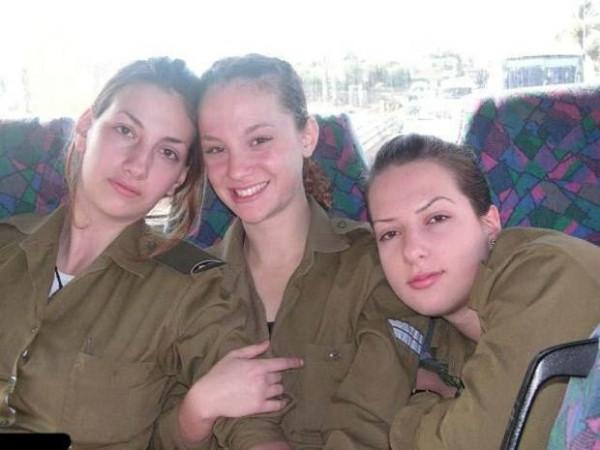 Kadın askerlerin koğuş görüntüleri şok etti