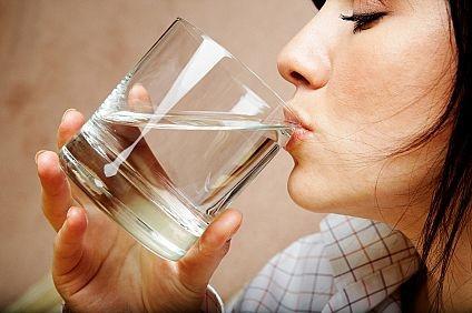 Zinde bir hayat için günde iki litre su için