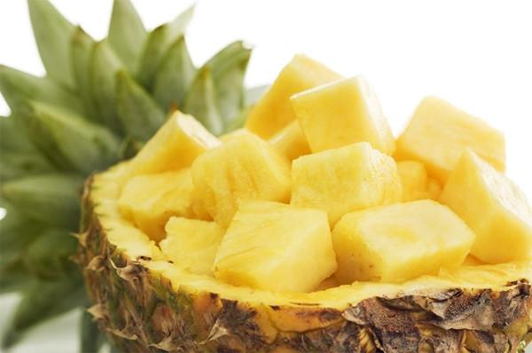 Yaz sıcaklarında cildinizi koruyan yiyecekler
