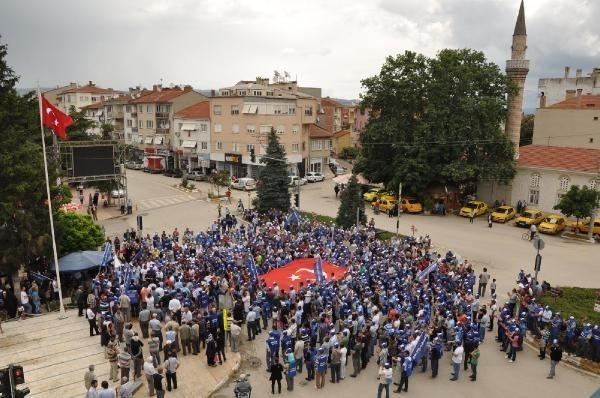 Şişecam işçileri greve başladı