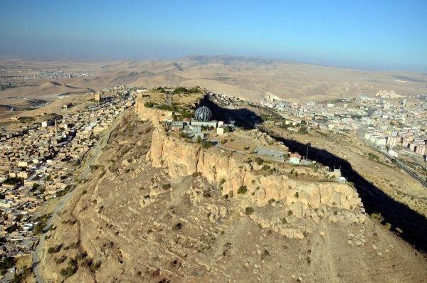 'Asker ve MİT, Mardin Kalesi'ni boşaltsın'