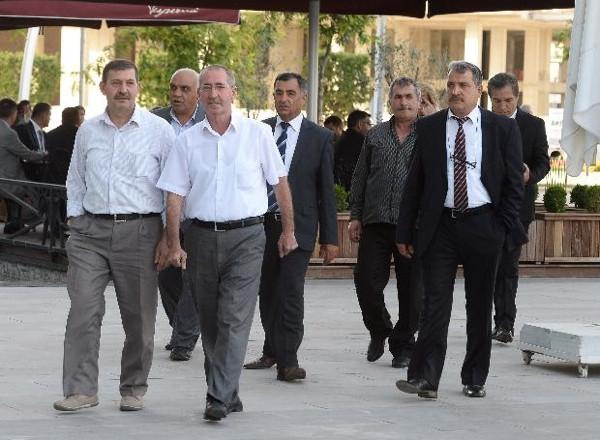 Ak Parti Grup Başkanvekili Mahir Ünal evlendi