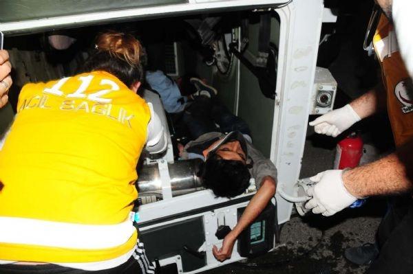 2 zırhlı polis aracı kaza yaptı!..