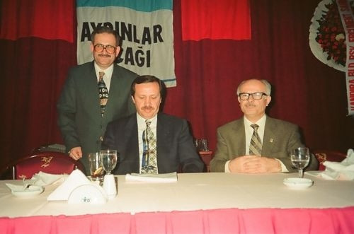 AK Parti'nin Cumhurbaşkanı adayı R.Tayyip Erdoğan'ın hayatı