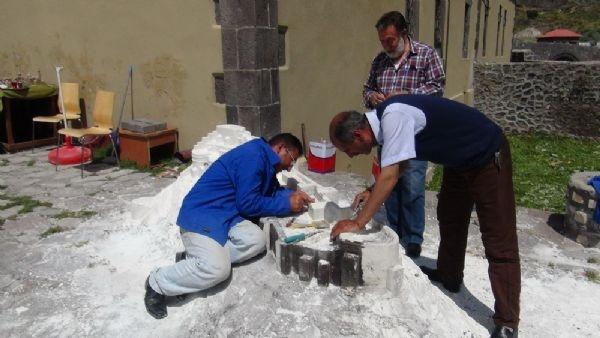 Çoban heykeltıraştan Minia Kars