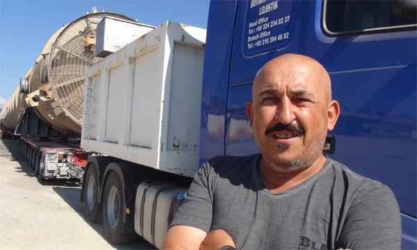 Dev petrol arıtma kulesi Irak'a götürülüyor