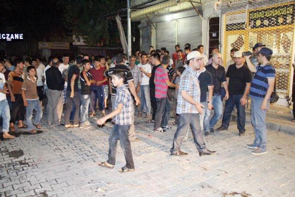 Elektrik protestosuna 'gaz' verdiler