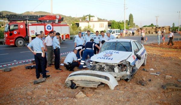Antalya'da: 1 polis şehit, 1 polis ağır yaralı