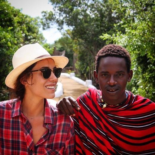 Cansu Dere'nin Afrika tatili