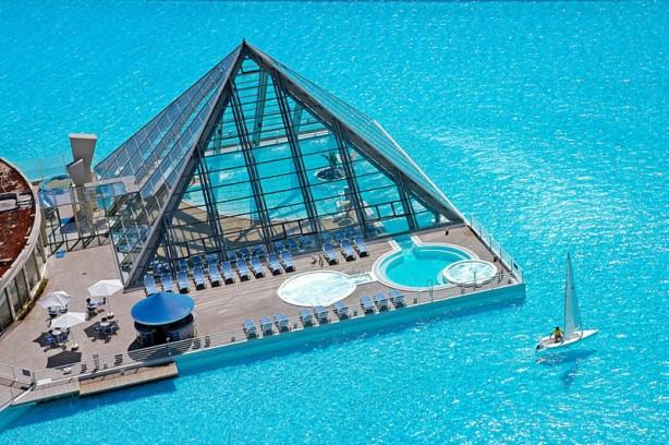 Bu havuz 2 milyon dolara yapıldı!