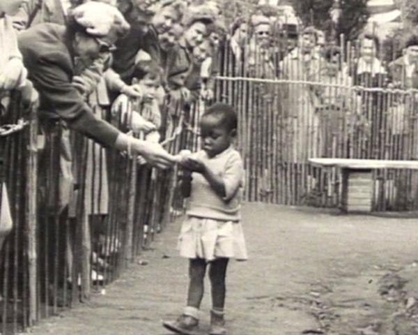 'Hayvanat bahçesindeki' insanlar