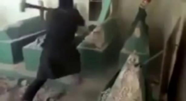 Yunus Peygamber'in mezarını yıktılar