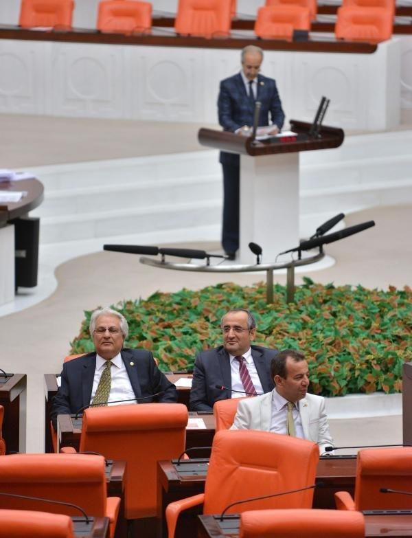 CHP'den Ak Parti'ye geçti, protesto edildi