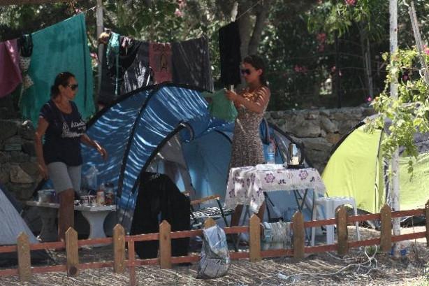 Yıldız Asyalı'nın çadır tatili