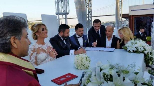 Petek Dinçöz'ün düğünü