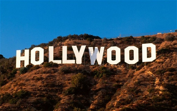 En çok kazanan 10 Hollywood yıldızı!