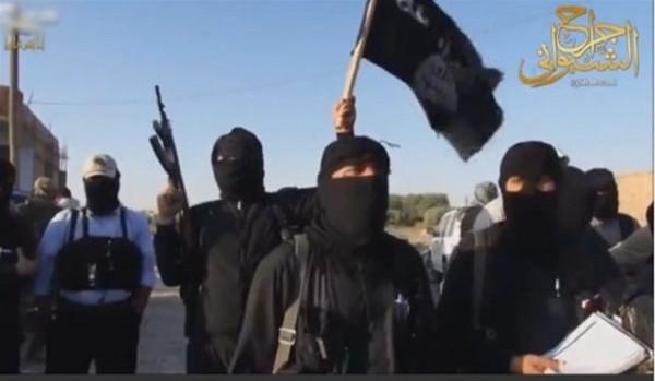 IŞİD'in yeni infaz görüntüleri ortaya çıktı!
