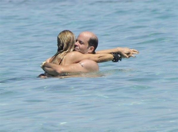 Ivana Sert denizde aşka geldi