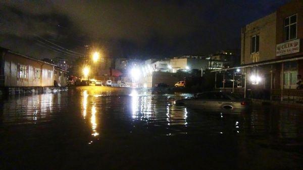 Zonguldak'ı Temmuz'da yağmur vurdu