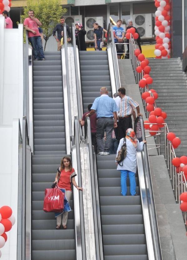 Yürüyen merdiven açılışı iptal oldu