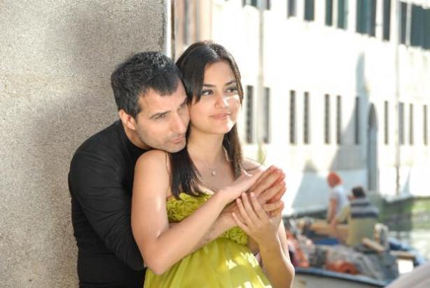 Rafet El Roman ile Ceren Kaplakarslan bugün evleniyor