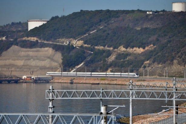 Ankara-İstanbul YHT hattı yarın açılıyor