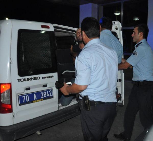 Kendilerini uyaran polisleri hastanelik ettiler