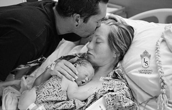 Ölü doğan bebeklerinin hatırasını yaşatmak istediler