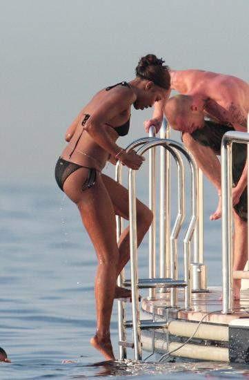Naomi Campbell aşkıyla tatilde!