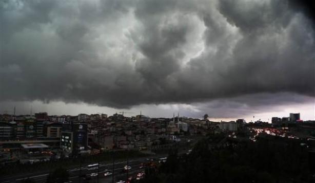 İstanbul'dan yağmur manzaraları