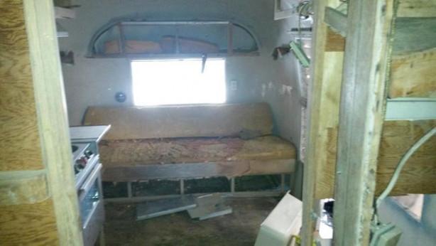 Görenleri hayrete düşüren karavanlar