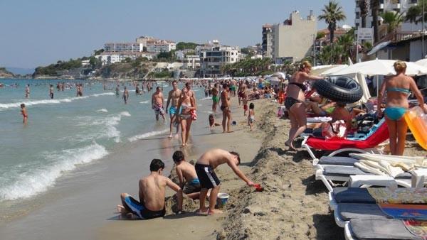 Plajlar onlara kaldı