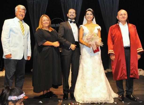 Taies Farzan Hakan Sezgin evlendi