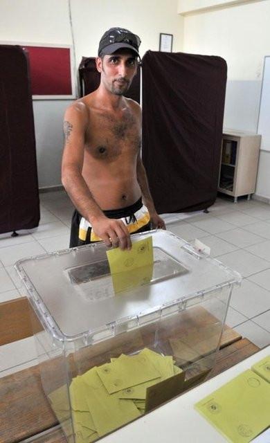 Oy kullandıktan sonra serin sulara...