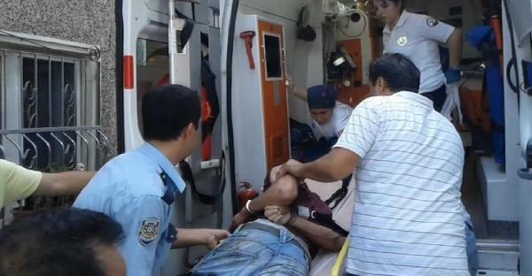 Bonzai içen genci polis linçten kurtardı