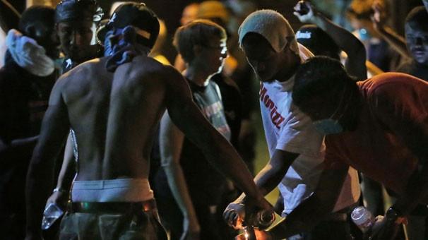 ABD'de siyahi isyan büyüyor