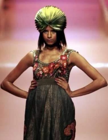 Hindistan Moda Haftasından ilginç kareler