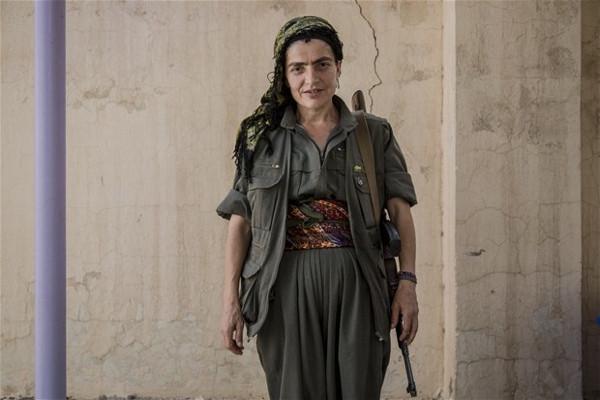 PKK'lılar Mahmur kampında böyle görüntülendi !