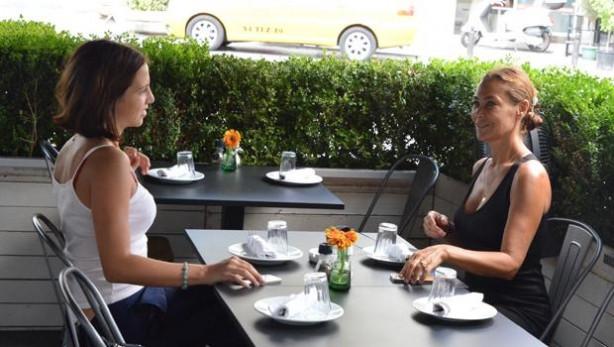 Hülya Avşar ve Zehra şaşırttı