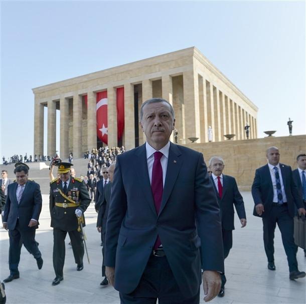 Devletin zirvesi Anıtkabir'de buluştu