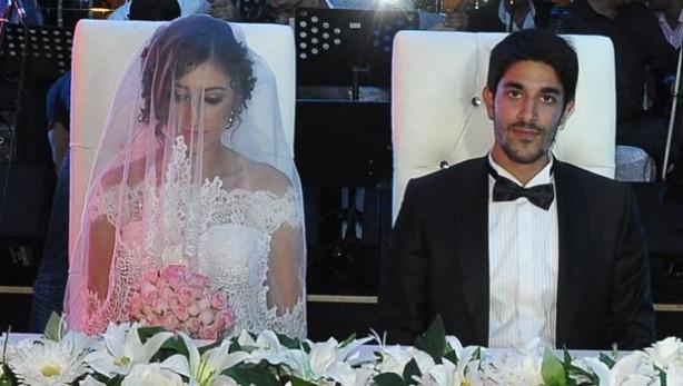 Belkıs Akkale oğlunu evlendirdi