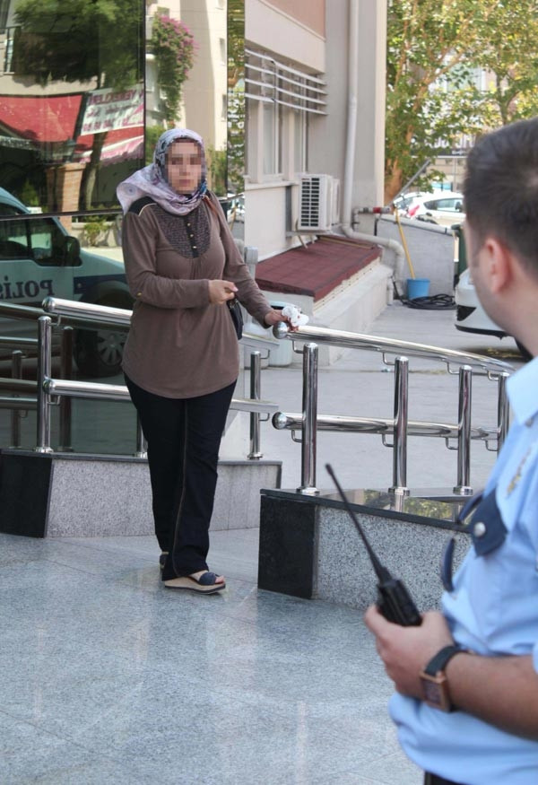 İntihara kalkışan kadını polis böyle engelledi