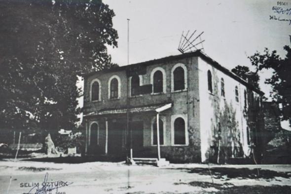 Halk evi olarak kullanılan cami 84 yıl sonra ibadete açıldı